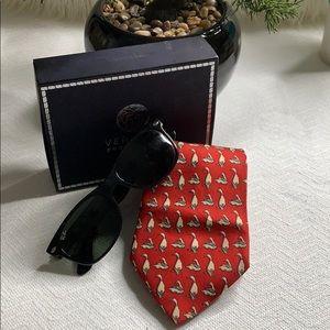 """Salvatore Ferragamo"" silk tie"